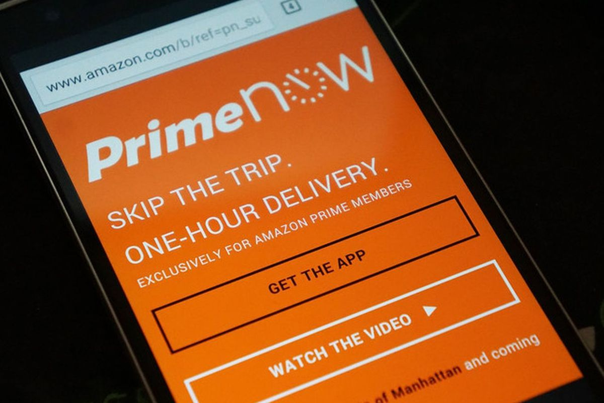 Just a few taps will bring food directly to your door