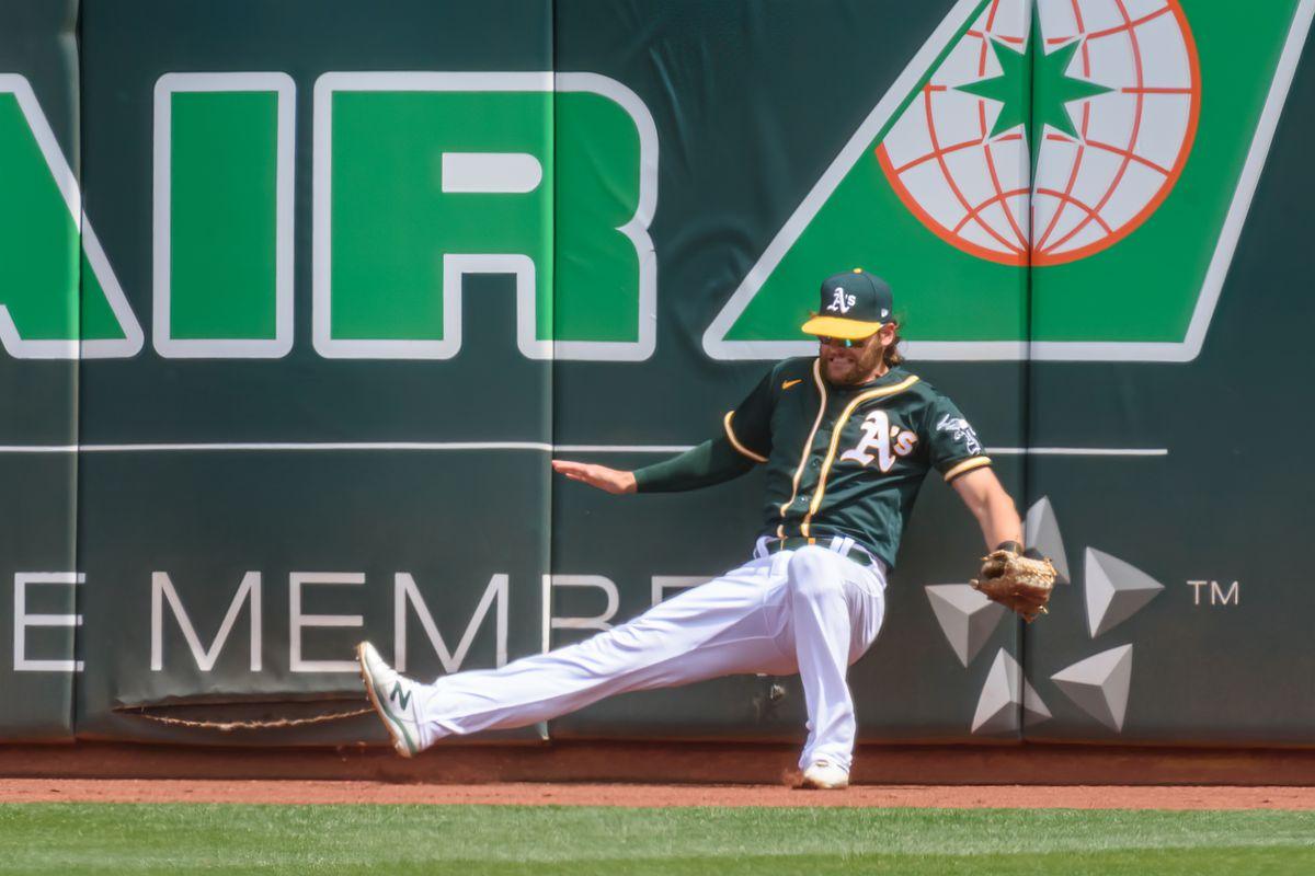 MLB: APR 04 Astros at Athletics