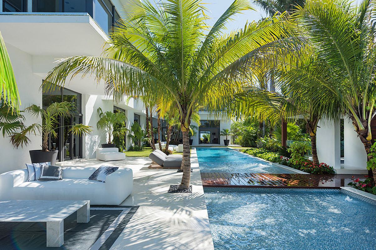 Become Shakira\'s Neighbor: South Beach Manse Asks $22.9M - Curbed Miami