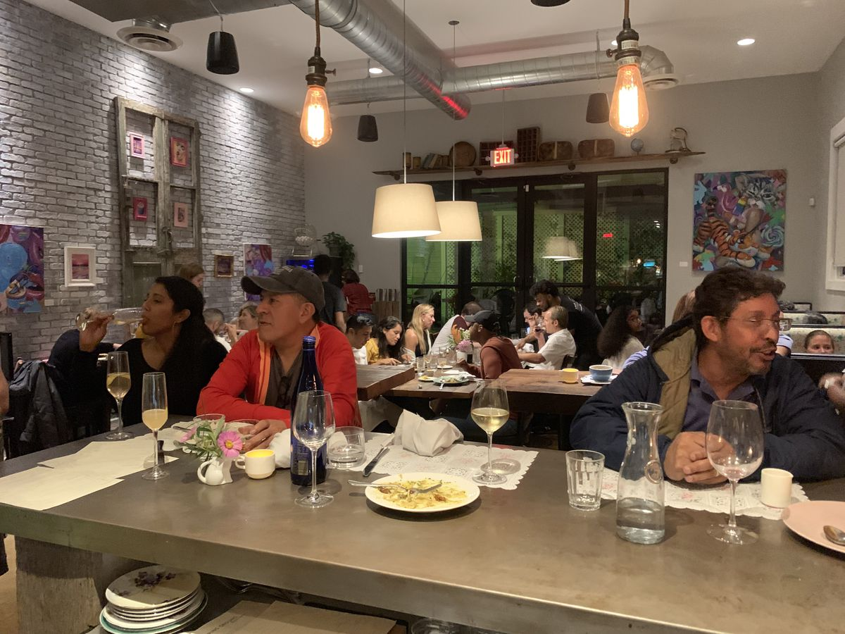 A full dining room at Stomping Ground
