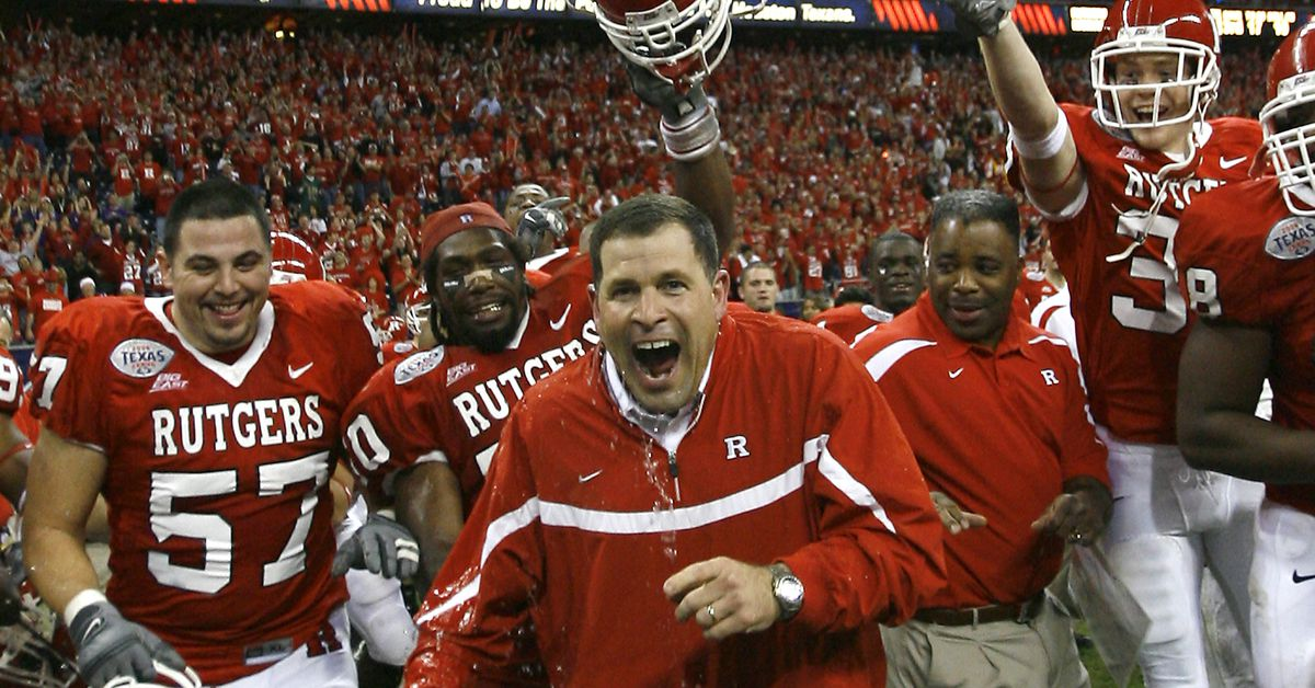 Greg Schiano unanimously approved by BOG as Rutgers ...