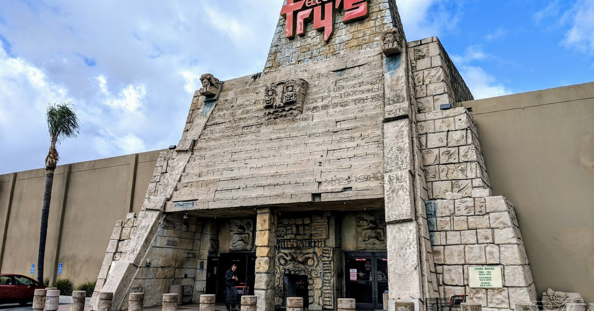 Fry's Electronics is shutting its doors for good