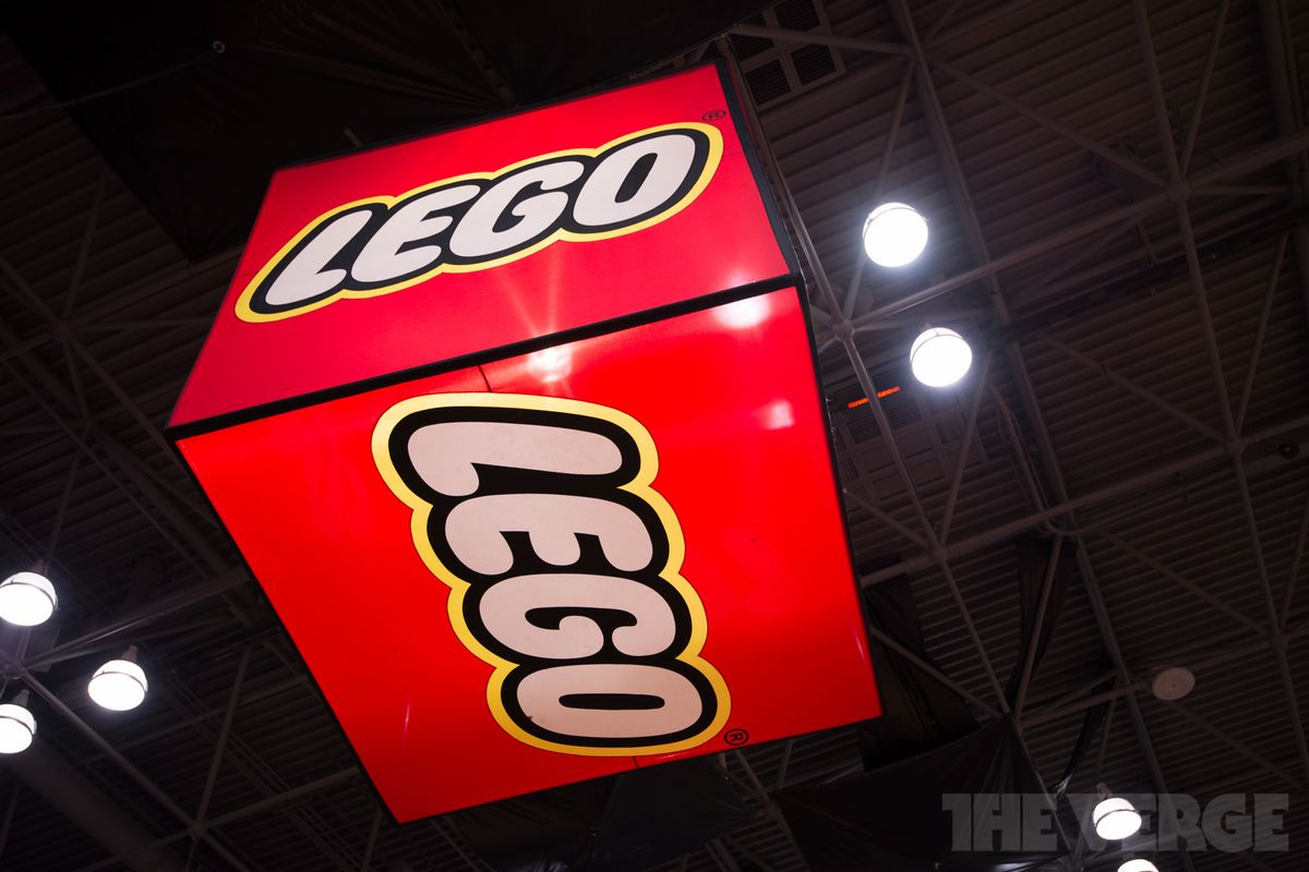 Lego Partners With Tencent To Make Online Games For China The Verge