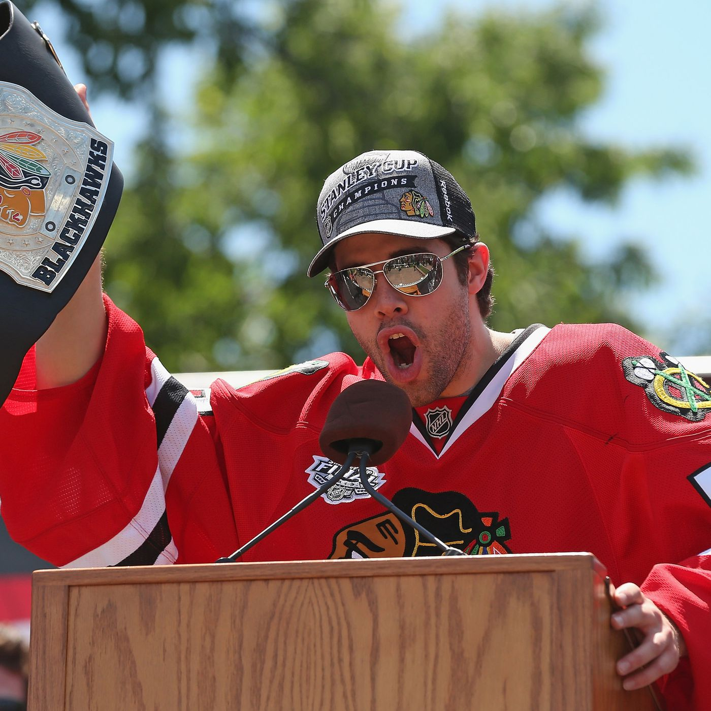 Corey Crawford contract extension: Blackhawks sign goalie to