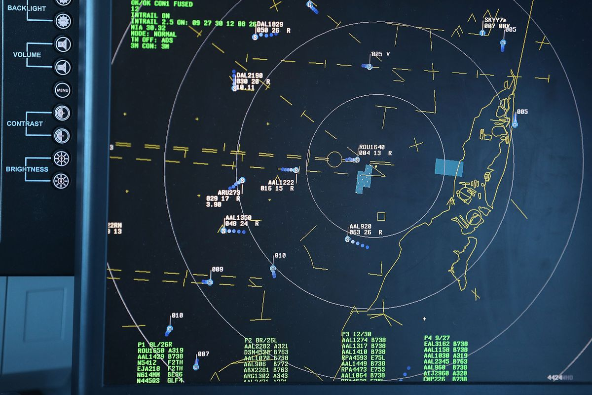 New Communications System Demonstrated At Miami Int'l Airport
