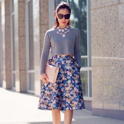 """Hallie of <a href=""""http://www.halliedaily.com""""target=""""_blank"""">Hallie Daily</a> is wearing an ASOS sweater, a <a href=""""https://www.jcrew.com/browse/single_product_detail.jsp?PRODUCT%3C%3Eprd_id=845524441839112&FOLDER%3C%3Efolder_id=2534374302056981&s"""