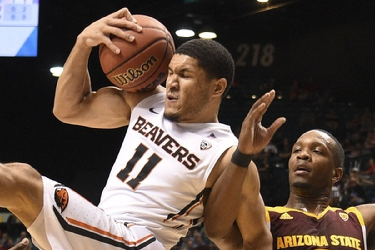 Malcolm Duvivier had a big night to help Oregon State past Arizona State, and maybe into the NCAA Tournament.