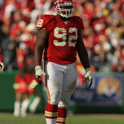 """<strong>2006 </strong>""""Defensive tackle James Reed #92 of the Kansas City Chiefs stands on the field against the Oakland Raiders""""<span class=""""ql-cursor""""></span>"""