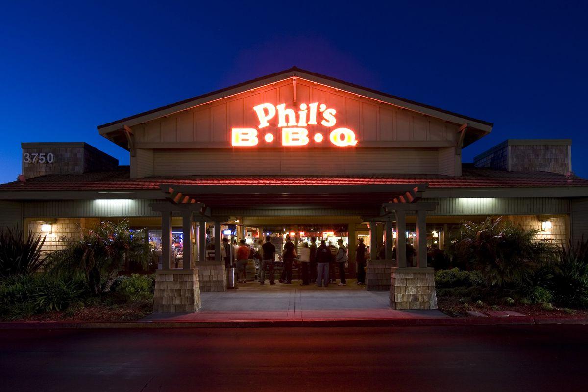 Phils Bbq Expands Meat Empire To Rancho Bernardo Eater San Diego