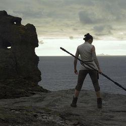 Star Wars: The Last Jedi  Rey (Daisy Ridley)  Photo: Jules Heath  ©2017 Lucasfilm Ltd. All Rights Reserved.