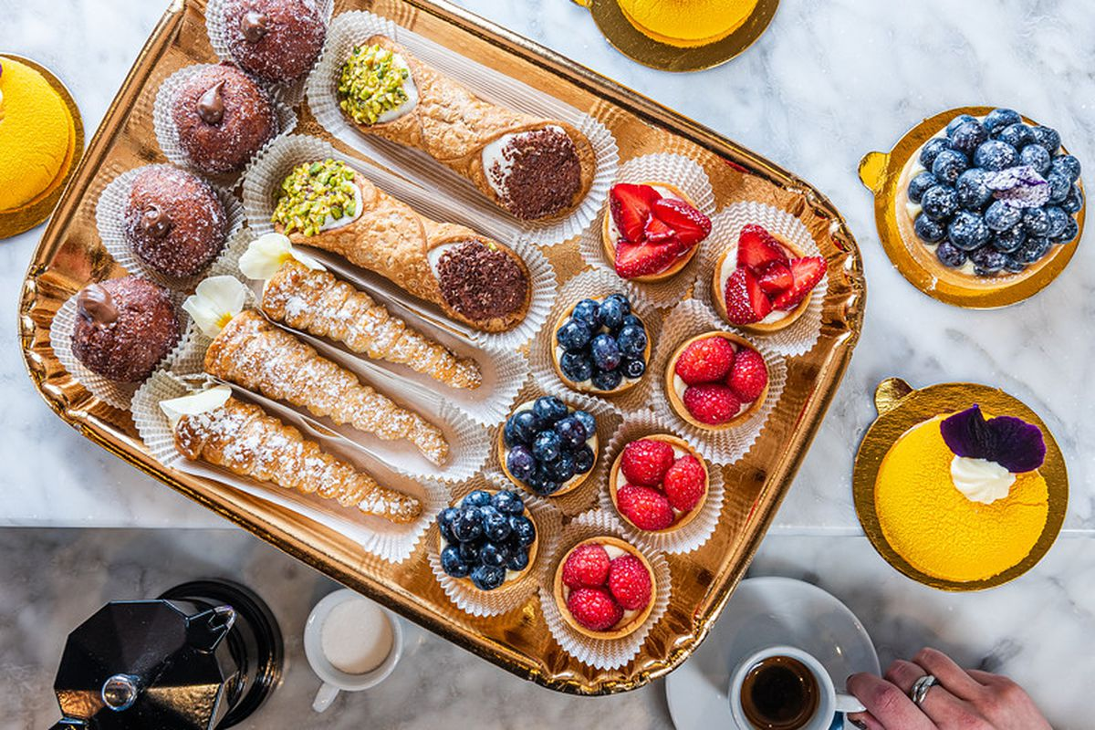 Desserts at Annaré