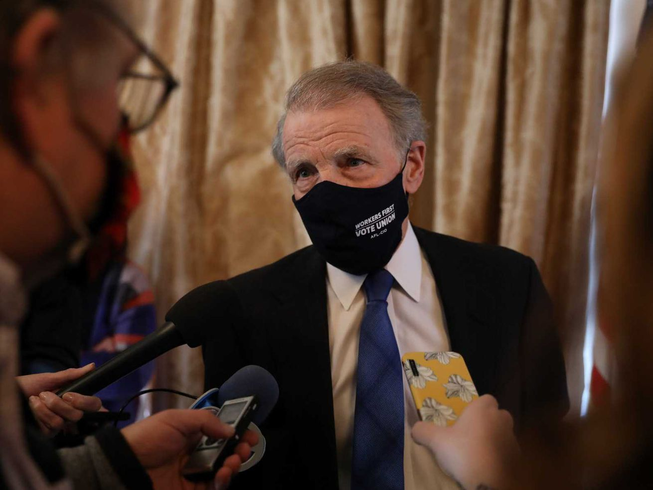 The $6 million Madigan? Former Illinois House speaker reports spending millions in legal fees