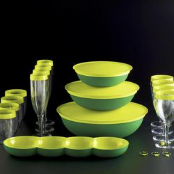This product image courtesy of Tupperware shows their Chic Dining Collection.  Tupperware, it seems, is enjoying a renaissance 65 years after it first hit the market with Wonder Bowls, Bell Tumblers and Ice-Tup molds for homemade frozen treats.