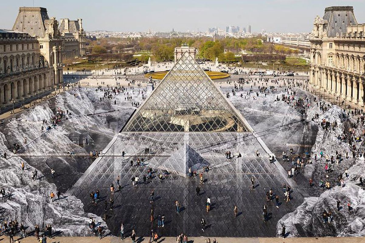 Jr S Louvre Pyramid Optical Illusion Gone After One Day Curbed