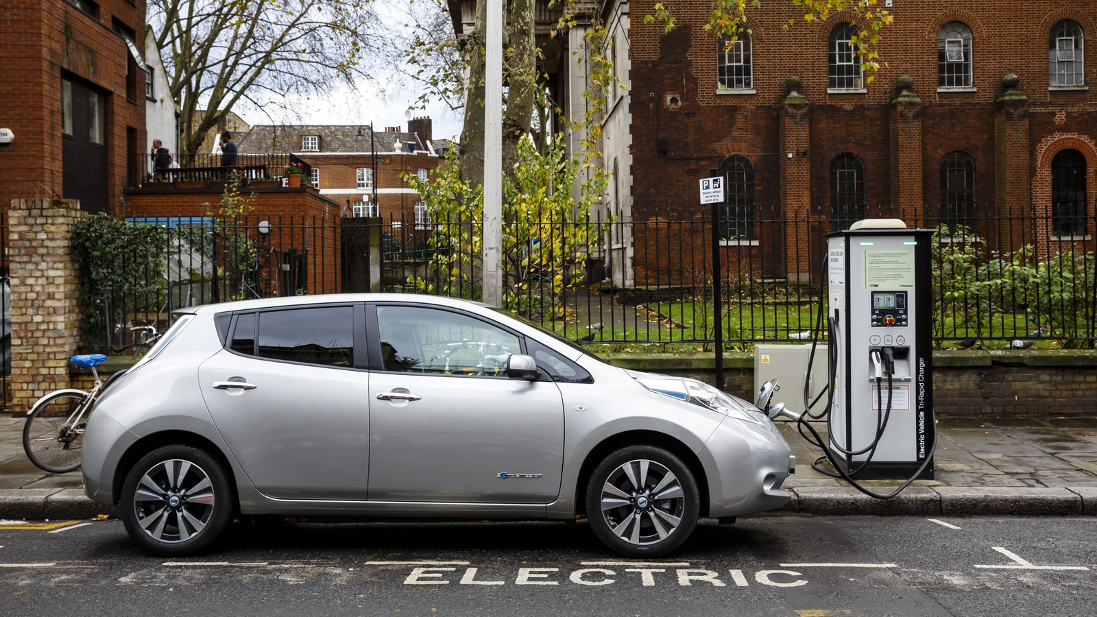 Nissan Leaf In London