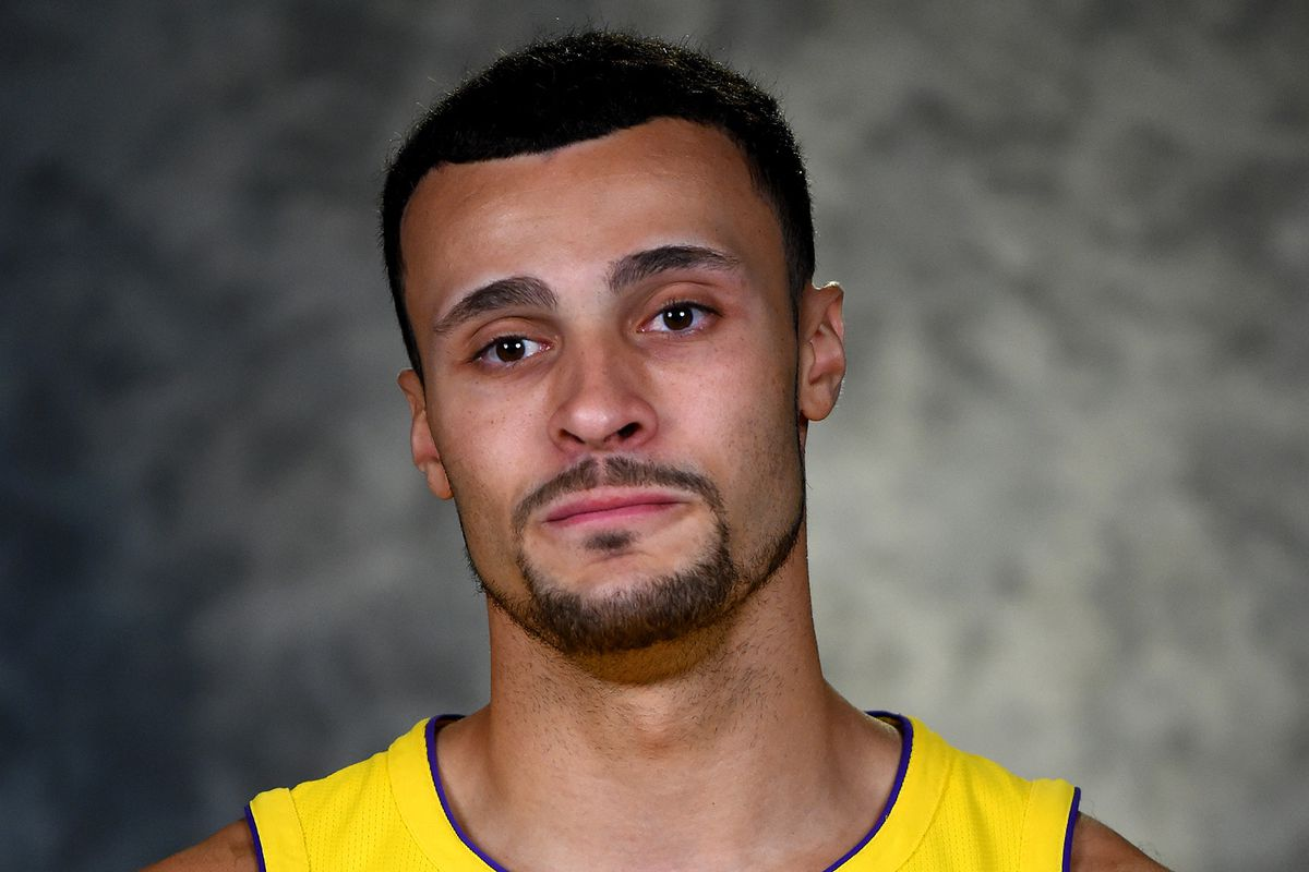 Lakers Injury News Larry Nance Jr leaves preseason game with