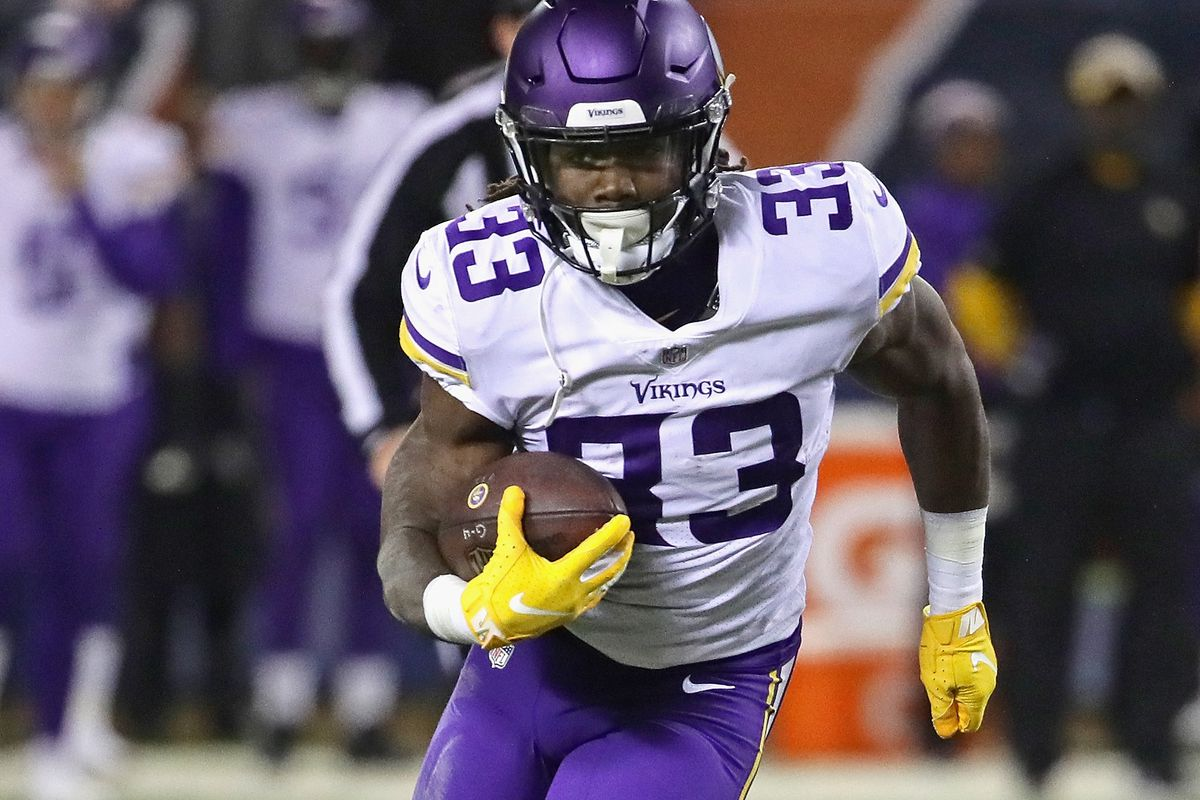 Minnesota Vikings v Chicago Bears                         <strong>Background:</strong> CHICAGO, IL - NOVEMBER 18:  Dalvin Cook #33 of the Minnesota Vikings runs against the Chicago Bears at Soldier Field on November 18,                          <strong>Ba