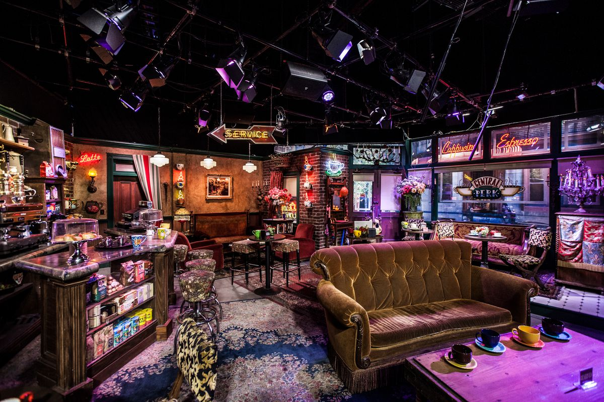 """A set with the Central Perk from the TV show """"Friends"""""""