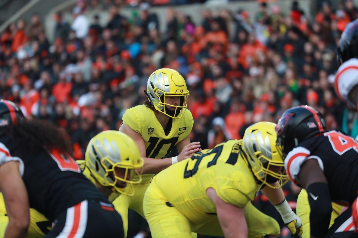 COLLEGE FOOTBALL: NOV 23 Oregon at Oregon State