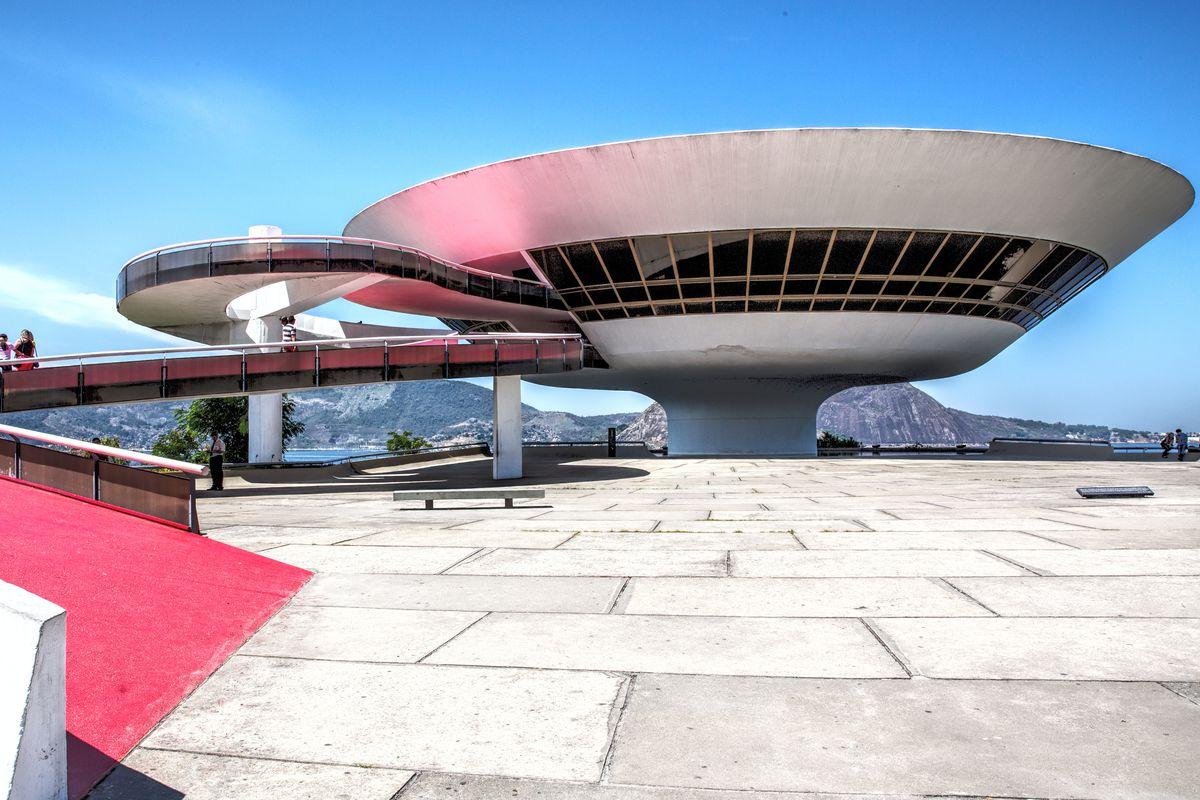 Rio's Niterói Museum. Image: Livia Comandini/Getty Images