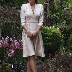 Visiting the Singapore Botanical Gardens on September 11th, 2012 in a Jenny Packham dress.