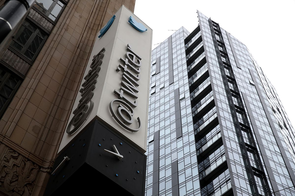 The @twitter sign outside the company's building on Market Street in San Francisco