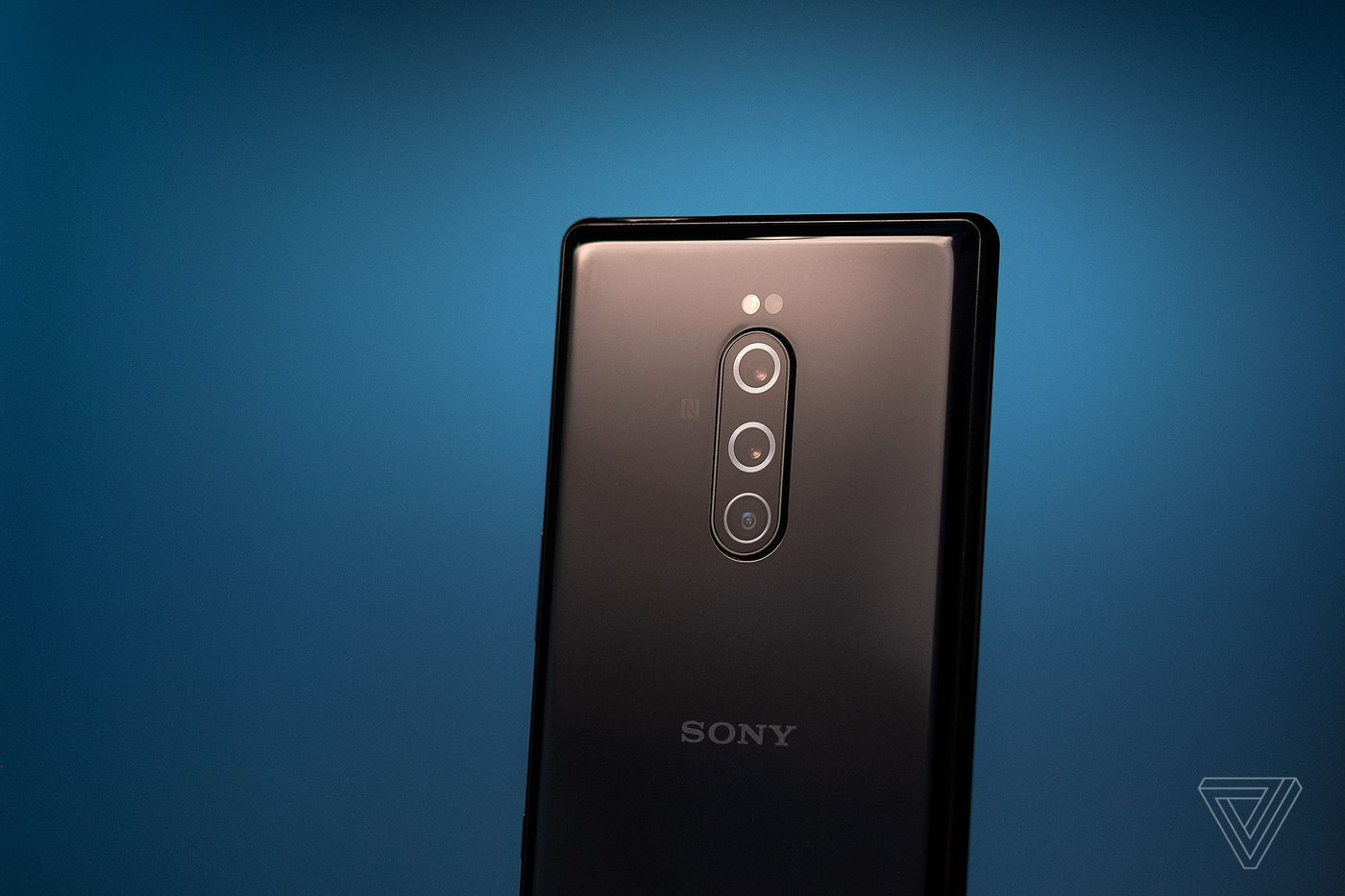 Sony Xperia 1 review: tall phone falls short - The Verge