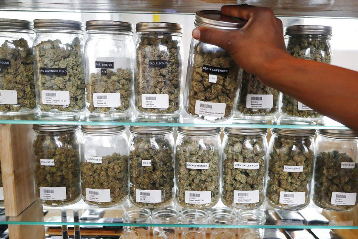 What's legal weed gonna cost in Illinois? A lot - Chicago Sun-Times