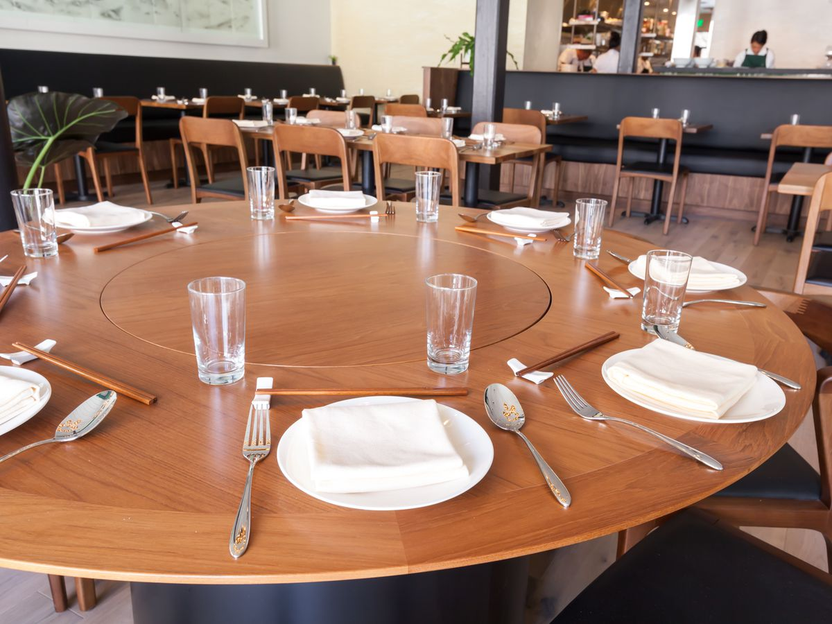 14 Restaurants Perfect For Big Groups Eater Sf