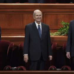 President Russell M. Nelson, center, and his counselors, President Dallin H. Oaks, first counselor in the First Presidency, left, and President Henry B. Eyring, second counselor in the First Presidency, right, stand before the Sunday morning session of the 189th Semiannual General Conference of The Church of Jesus Christ of Latter-day Saints in the Conference Center in Salt Lake City on Sunday, Oct. 6, 2019.
