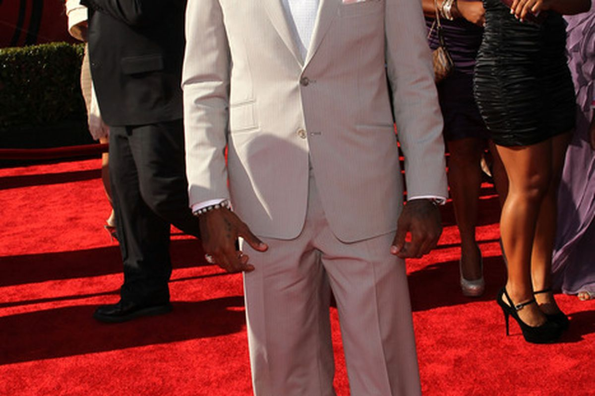 LOS ANGELES, CA - JULY 13:  NFL player DeSean Jackson arrives at The 2011 ESPY Awards at Nokia Theatre L.A. Live on July 13, 2011 in Los Angeles, California.  (Photo by Frederick M. Brown/Getty Images)