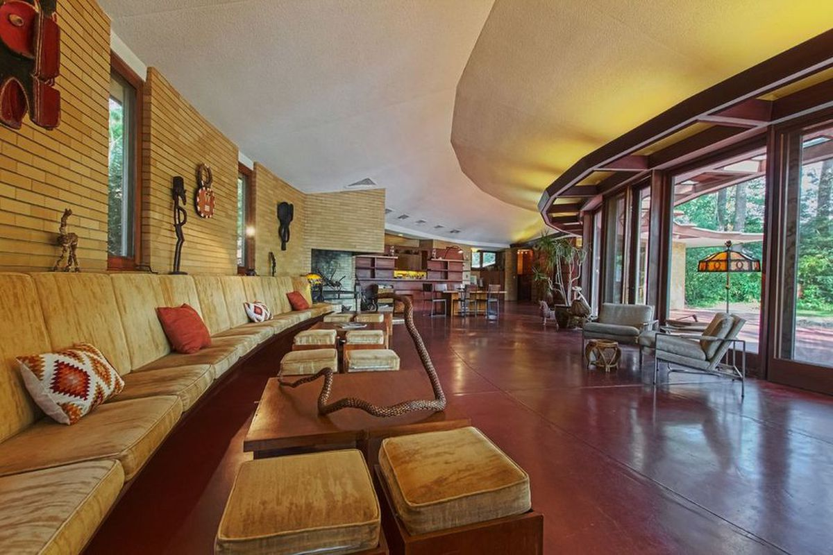 9 best Frank Lloyd Wright homes for sale in 2016 - Curbed Zillow Beach House Designs on lamudi houses, seattle houses, foursquare houses, amazing houses, amazon houses, google houses, adobe houses, lps houses, bing houses,