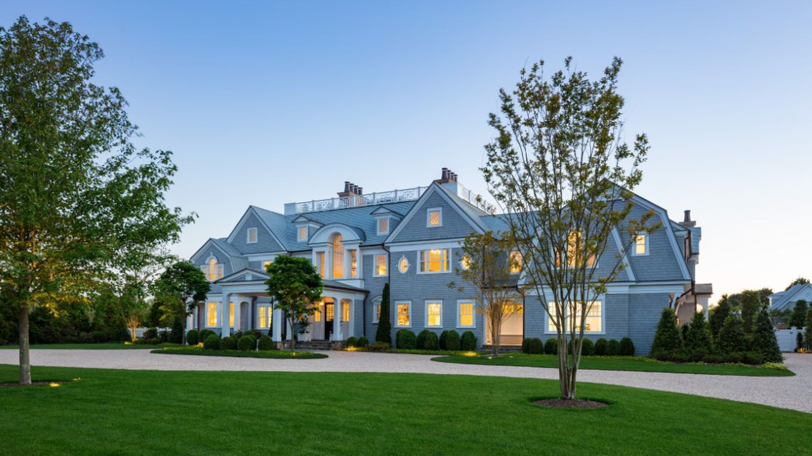 The largest house for sale in the hamptons just hit the for Hamptons house for sale