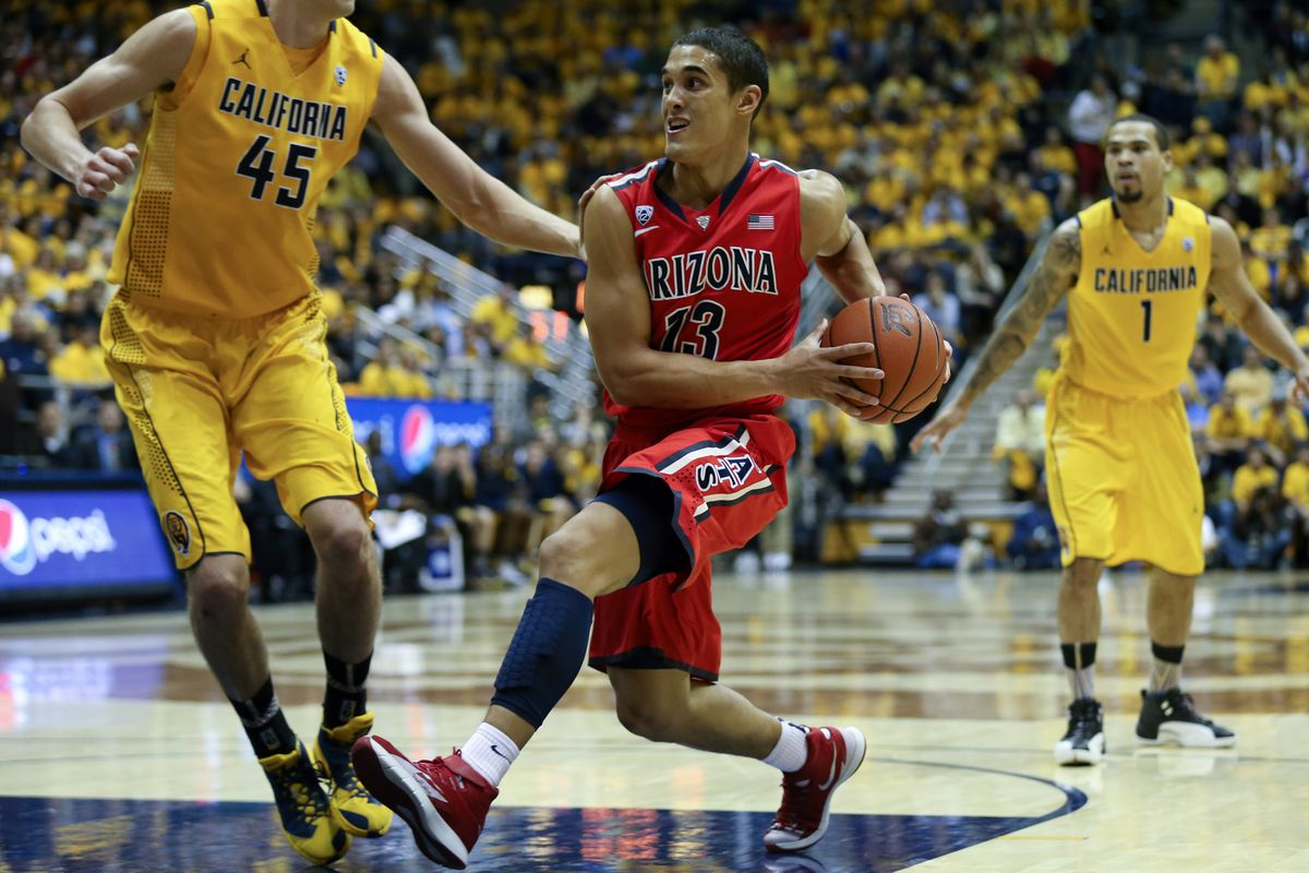 Arizona's Nick Johnson allegedly was suffering through a wrist injury in the previous Arizona-Cal game.