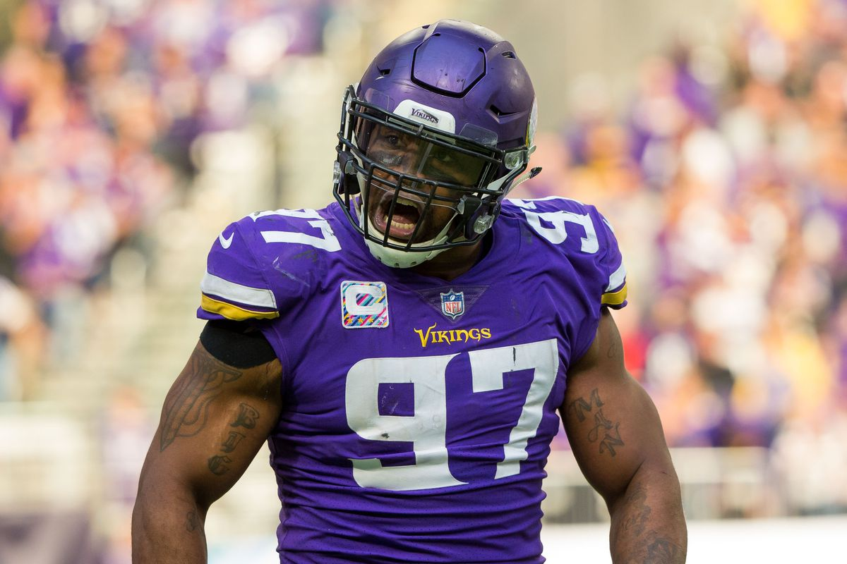 Everson Griffen hunts down record breaking sacks in London game
