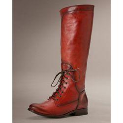 "<span class=""credit""><b>Frye</b> Melissa Riding Lace Boot, <a href=""http://www.thefryecompany.com/womens-boots/lace-up/76937/melissa-riding-lace?color=BUD"">$438</a></span><p>"