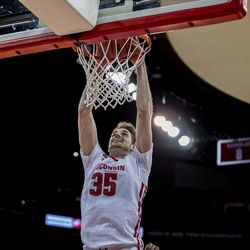 Nate Reuvers with the two handed jam.