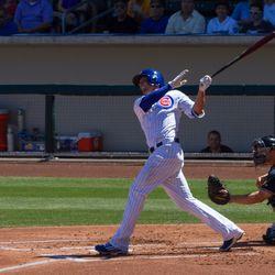 Kris Bryant homers off Felix Hernandez -