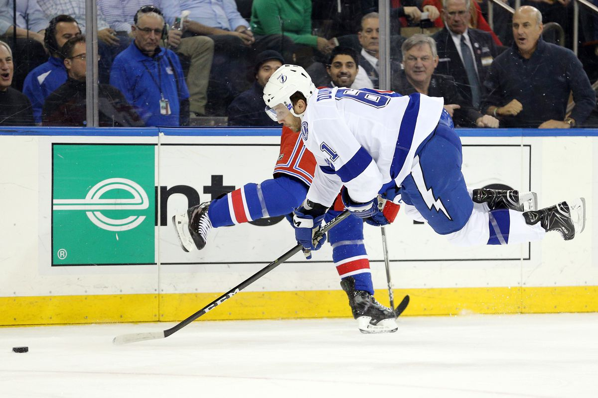 9901bd7a755 Brayden Point scores twice in 3-2 win over Rangers - Raw Charge