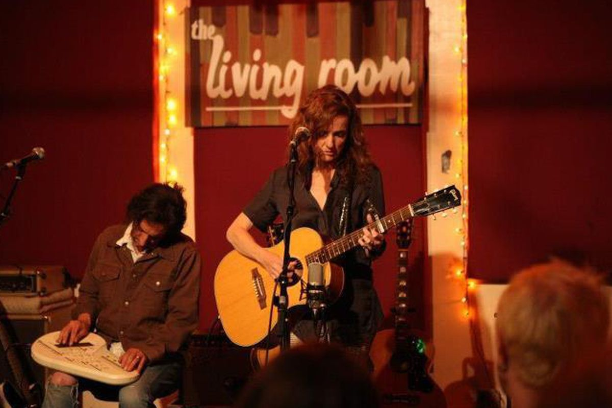 Patty Griffin Performing At The Original Home Of Living Room Facebook