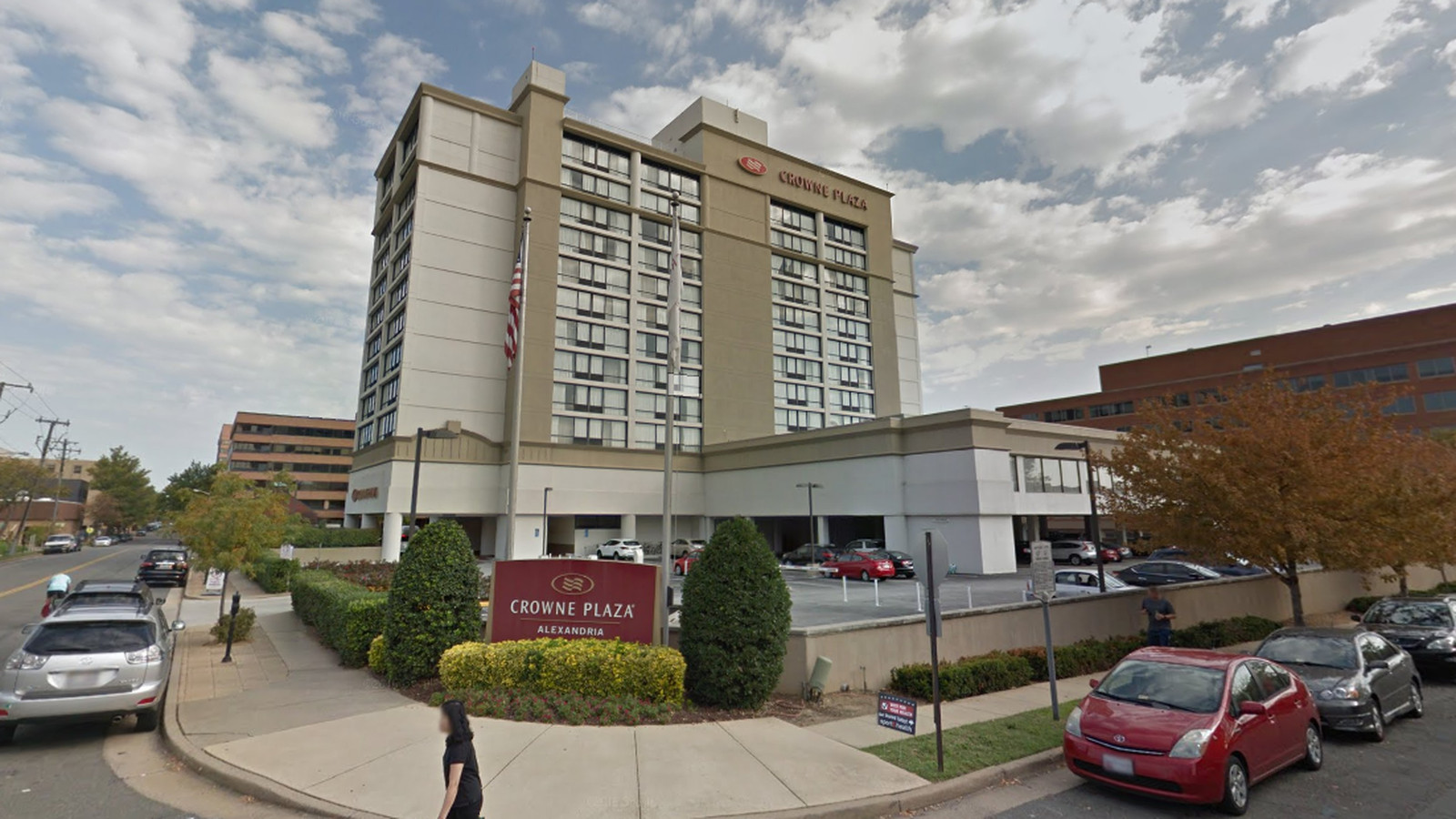 Crowne Plaza Detroit Alexandria Hotel May Be Redeveloped With Townhouses Arts