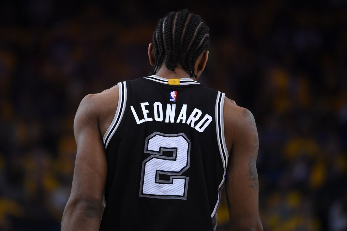 'Vultures are circling' Spurs for possible Kawhi trade in offseason
