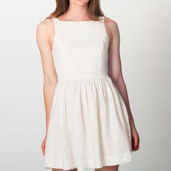 "<b>American Apparel</b> Linen Sun Dress, <a href=""http://store.americanapparel.net/product/index.jsp?productId=rsa0364s&c=White"">$70</a>"