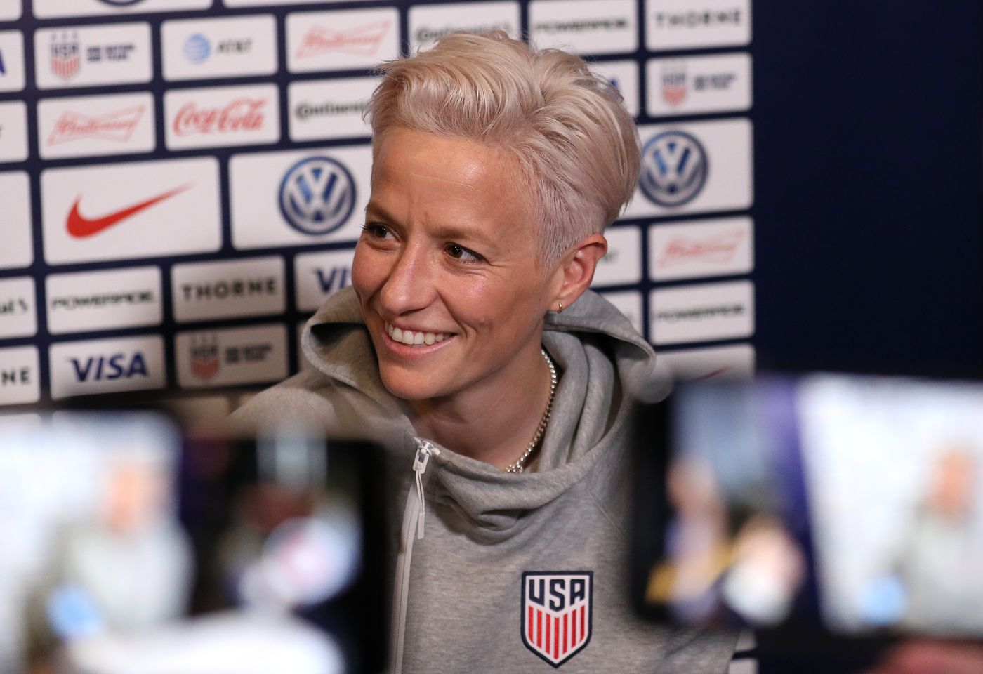 World Cup 2019: The US women's national team and soccer girl
