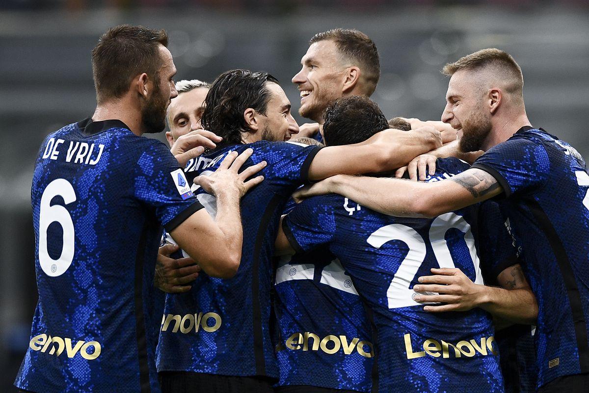 Arturo Vidal (C) of FC Internazionale celebrates with his...