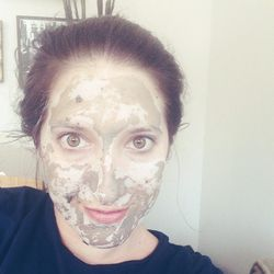 """Sundays are my """"productive grooming days."""" I declared this week's Exfoliation Sunday. Step 1: Apply <b>Glamglow's</b> <a href=""""http://www.sephora.com/youthmud-tinglexfoliate-treatment-P375741"""">Youthmud Tinglexfoliate Treatment</a> for 10 minutes. I'm obse"""