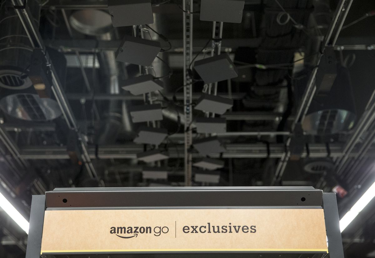 Amazon opens first cashier-less convenience store in Seattle
