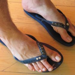 Mark Hunter's VERY custom pair of Havaianas