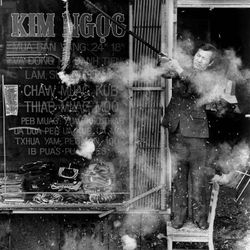 Setting off fireworks for the Chinese New Year in 1985.   Sun-Times Archives.