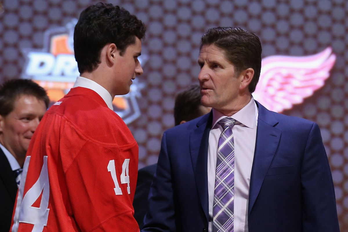 Dylan Larkin shakes hands with his future head coach Mike Babcock?
